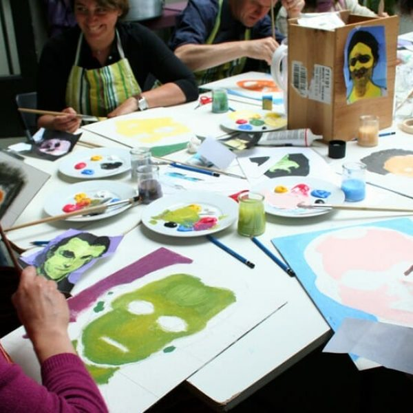 MyTeamBuilding Paint Your Colleague On The Warhol Way 1 1