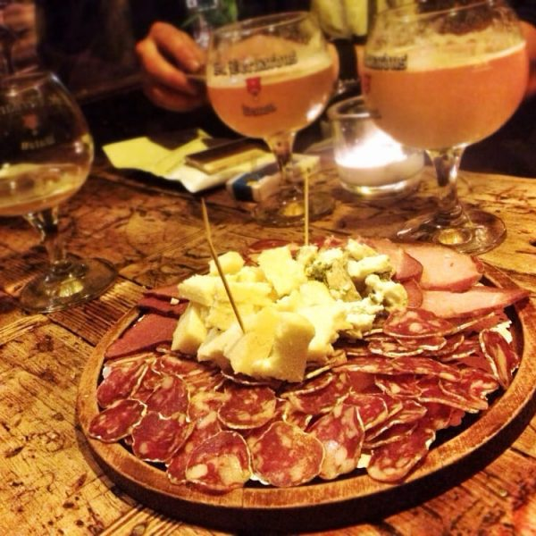 MyTeamBuilding_beer-and-cheese 1513
